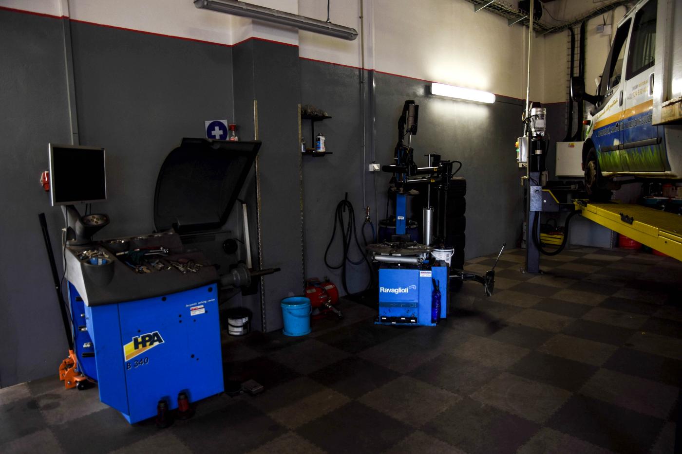 Pneuservis/Oprava pneu